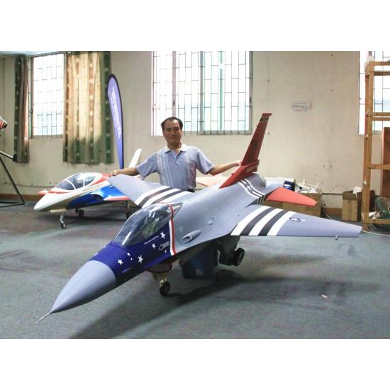 Skymaster F-16 (1/5)